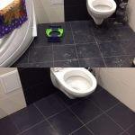 Туалет с черным кафельным полом до и после уборки