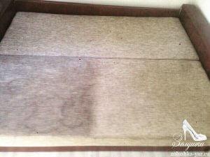 Раскладной диван с загрязнениями