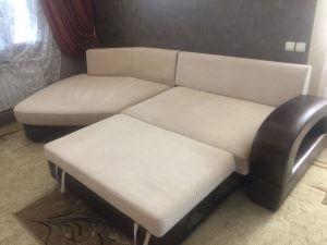 Диванные подушки после химчистки