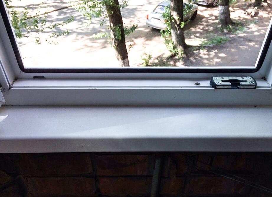 Пластиковое окно после чистки