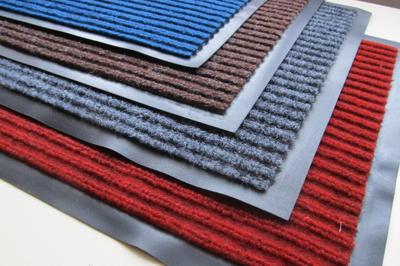 Разноцветные коврики
