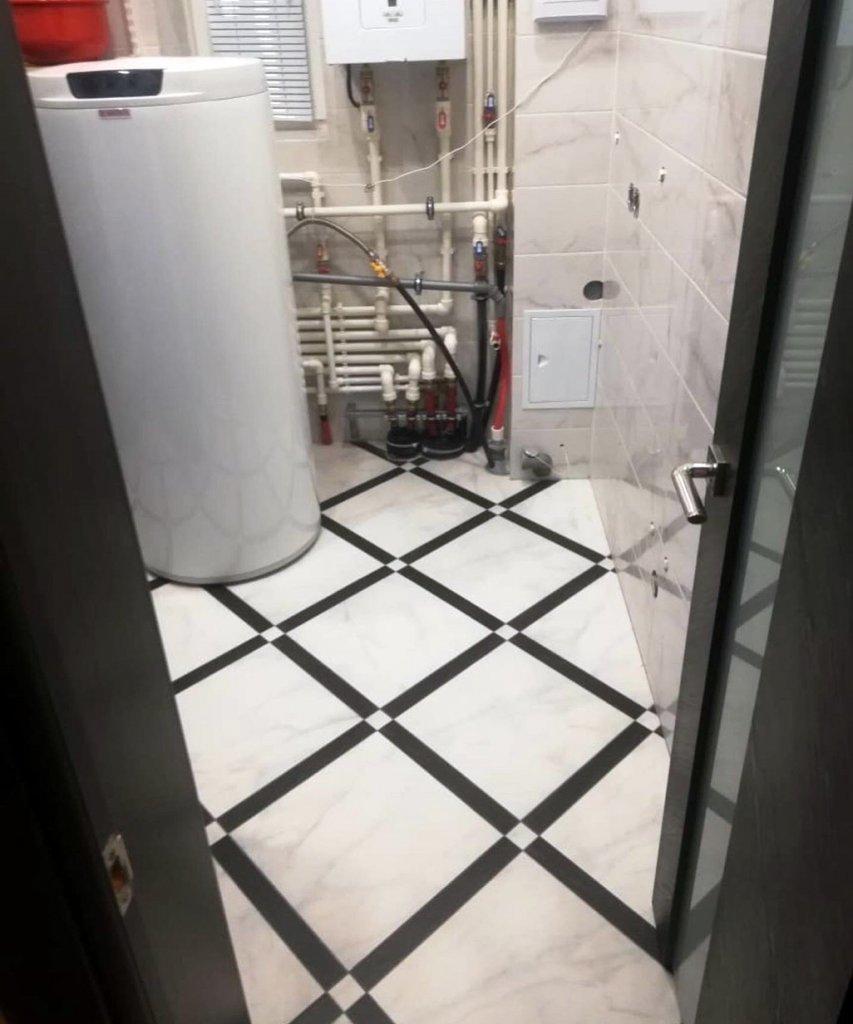Отмытый пол бойлерной после ремонта