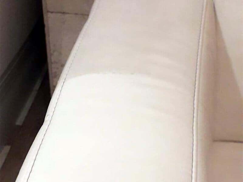 Кожаная обивка дивана после химчистки