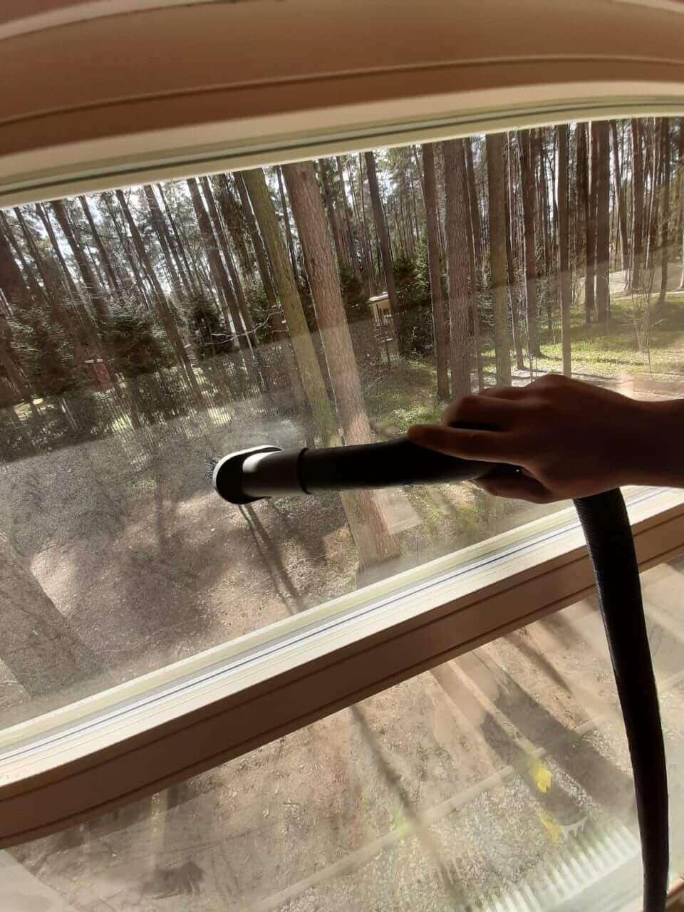 Мойка оконного стекла