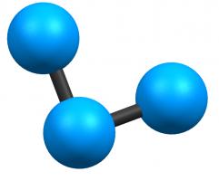 Модель из трех шариков
